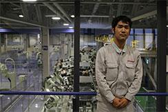 川崎重工業株式会社の中途採用のエンジニアに、ロボット開発部での仕事内容についてお話を伺いました