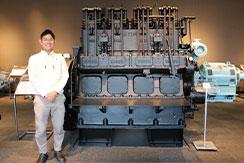 ヤンマー株式会社・特機エンジン統括部・開発部の仕事内容や、中途採用について技術管理部の部長様と中途採用のエンジニアにお話を伺いました
