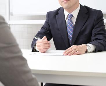 【合格者の回答例付き】ネガティブな理由で退職、面接でどう答えるべき?