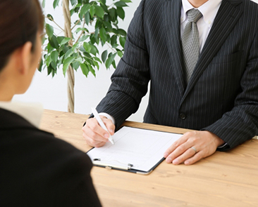 【面接官に聞いてみた】面接での逆質問でプラス印象にするポイントは?