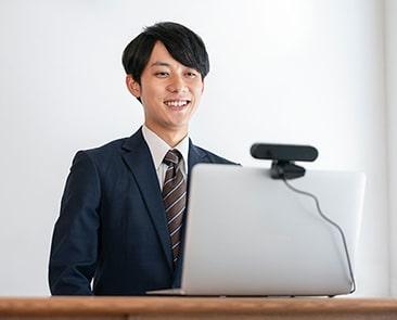 【2020年最新・転職者向け】オンライン面接対策!準備や注意事項を徹底解説の記事画像
