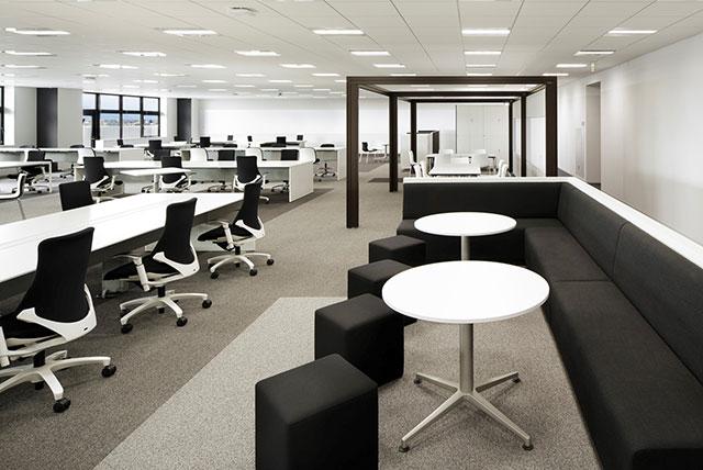 R&Dセンターの執務室